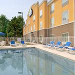 Days Inn & Suites Port Wentworth-North Savannah