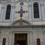 Санта Мария деи Мираколи. Фасад.