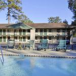 Howard Johnson Express Inn - Tallahassee