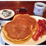 A Seasonal Favorite-Pumpkin Pancakes