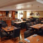 Applegates Restaurant & Lounge
