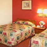 Photo de Budget Inn Farmington