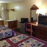 Photo of McClellan Inn