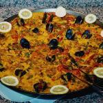 Paella de marisco en Goikar