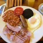 Desayuno típico escocés