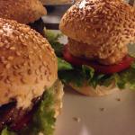 Tris di hamburger