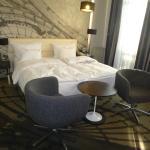 318 Bedroom