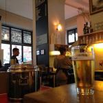 Lugar super agradable para tomar cualquier cosa! Cerveza bueniisima, cafes y zumos!! ;-)