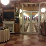 Sala hall