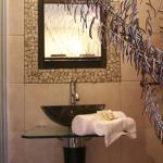 Moyo bathroom