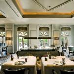 Hotel Restaurant at Villa Magna照片