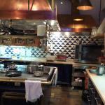 Einsehbare Küche - sehr schick und sauebr