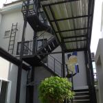 The outside stairway to the rooms