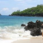 white sandy beach 15 minutes from pondok bambu dive resort