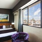 Photo of Catalonia Giralda Hotel