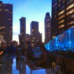 Great rooftop bar! Try the Tuna tatare!!!