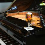 RARE'S BABY GRAND PIANO