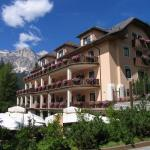 Photo of Boutique Hotel Villa Blu Cortina