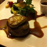 Tournedos de filet de bœuf, foie gras poêlée