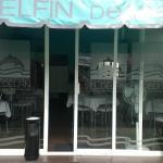la fachada del restaurante el delfín
