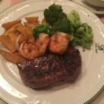 Steak & Garnelen