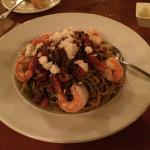 Ollivate - prawns and pasta with a DELICIOUS olive-pesto sauce