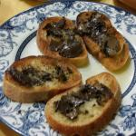 Bruschette con tartufo nero... deliziose!!!
