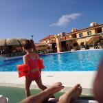 Very clean pool side!