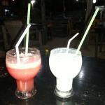 Watermelon und pinapple-cokonut shakes -  super lecker, frisch und günstig wie immer bei funky f