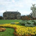 Vista do Castelo, no centro do Grosser Garten