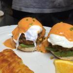 Hiawatha Restaurant & Lounge