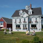 Seaside Inn and Barn Cafe