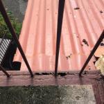 Baranda y escaleras exteriores