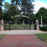 Entrance to Mound Cemetery