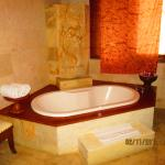 Villa Tub, Shower and double vanity included