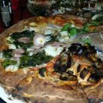 Pizza Ricomincio da tre...specialità della casa