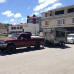 このトラックとトレーラーがMosa's HOT BOX