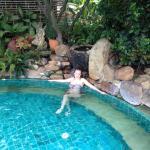 Небольшой, но уютный бассейн
