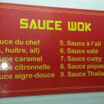 9 sauces au choix pour la cuisson au wok