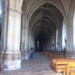 O interior da igreja, simples mas linda.