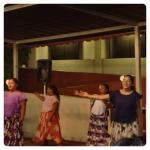 チャモロダンスの女性