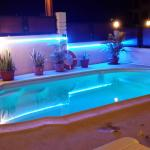 Piscine by night