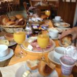 Cafe da manhã muito bom