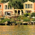 Waterfront Luxury Villas & Palazzos