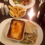 Chicken and white wine pie and an amazing beef lasagne 😃