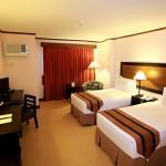 Hotel Tropika Davao Foto