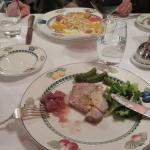 Salade de St Jacques ---- Terrine d'Oie et foie gras.