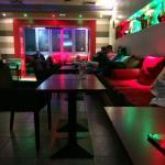 صورة فوتوغرافية لـ Damas Café