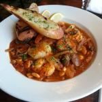 Cioppino with Grilled Bread