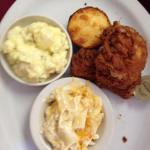 fried chicken, corn bread, potato salad and macaroni